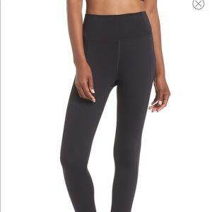 Like new Girlfriend Collective 7/8 leggings